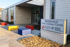 Photo of the entrance to the Bensenville Early Learning Center